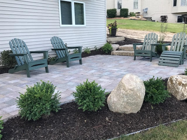 Front Yard Patio With Lawn Chairs Designed By Rrr